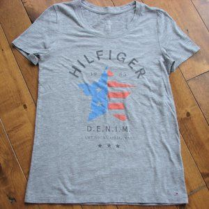 🌈3/$30 Tommy Hilfiger Relaxed Fit Gray Logo Top